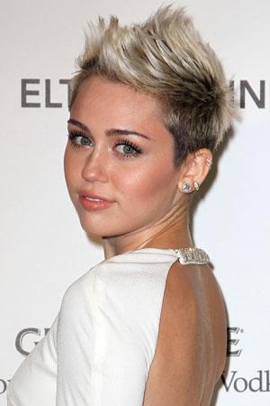 Miley Cyrus talks Liam in V