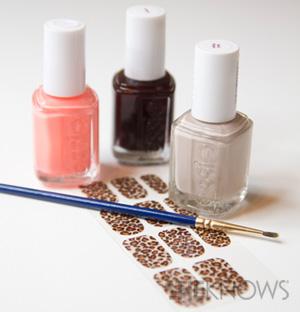Mixed prints nail art