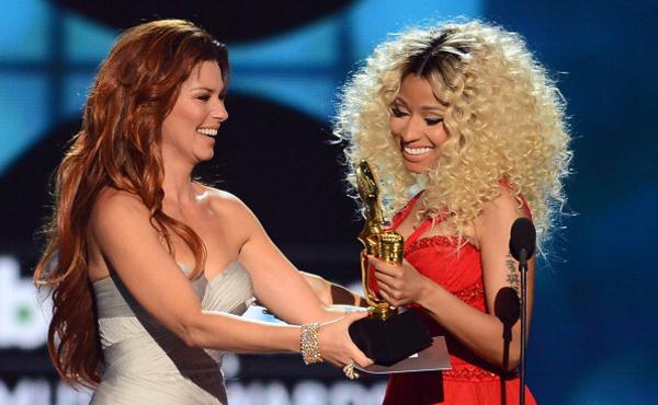 Nicki Minaj and Shania Twain at the 2013 Billboard Music Awards