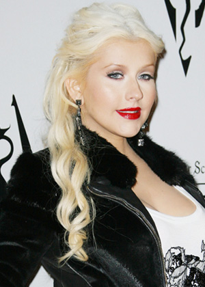 Too-blonde hair -- Christina Aguilera