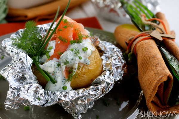 Foil-baked potatoes with salmon, ricotta and wild fennel recipe