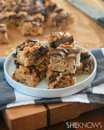 Gluten-free chocolate and peanut butter caramel Chex bars