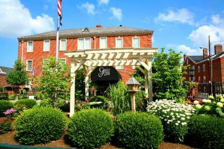 A food and bourbon guide to Lexington, KY