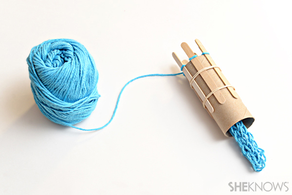 Popsicle stick knitting loom