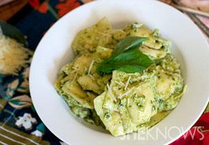Pesto alfredo ravioli