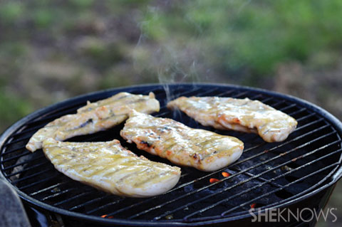 Mustard glazed grilled chicken breasts