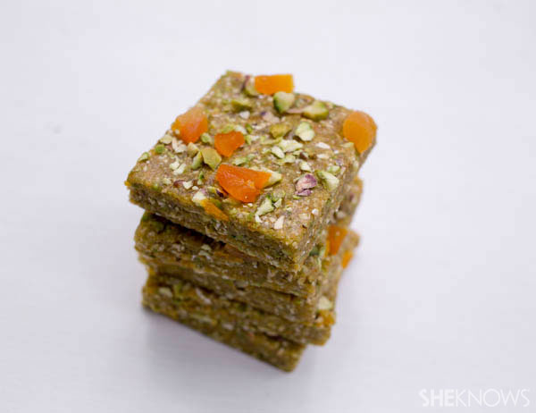 Homemade energy bars to power your kids through school
