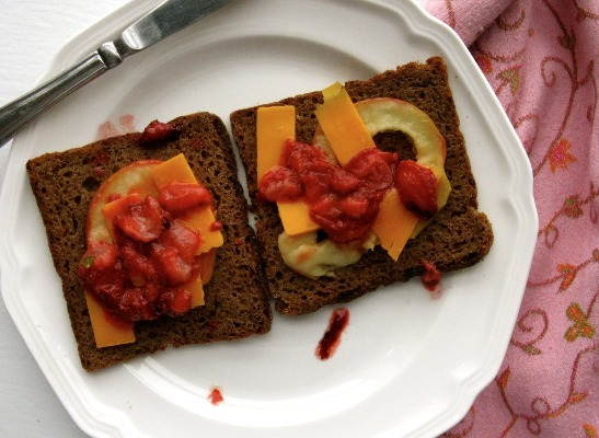 Gluten-Free Fruit Sandwich