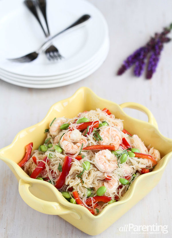 allParenting Rice noodle salad with shrimp and fresh mint