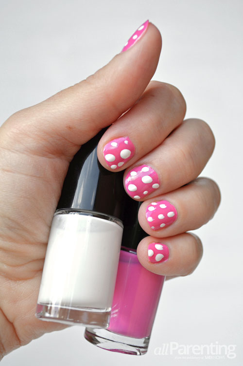 allParenting polka dot nails