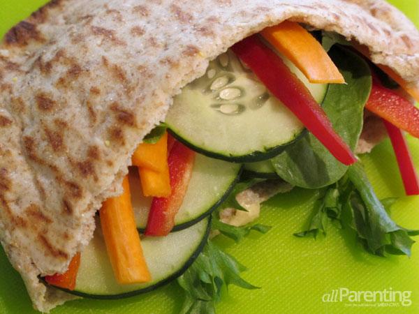 no cook meals- hummus pita pockets