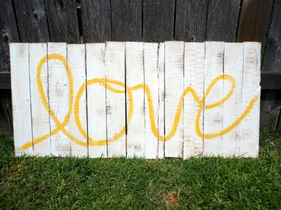 Pallet inspiration art- love sign