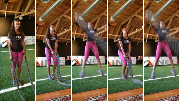 http://cdn.sheknows.com/articles/2013/06/battle-ropes-for-beginners-jumping-jacks.jpg