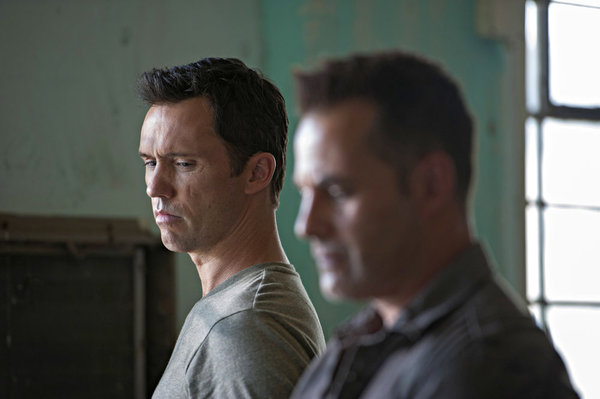 Burn Notice - Brothers in Arms