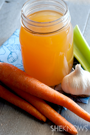 Homemade organic chicken broth recipe