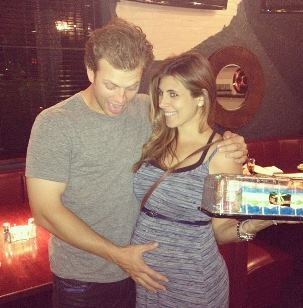 Pregnant Jamie-Lynn Sigler and Cutter
