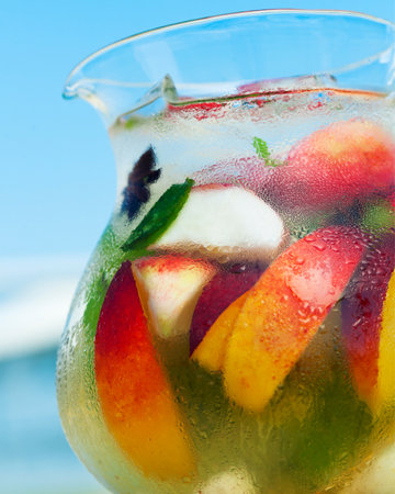 Make perfect sangria with these wines