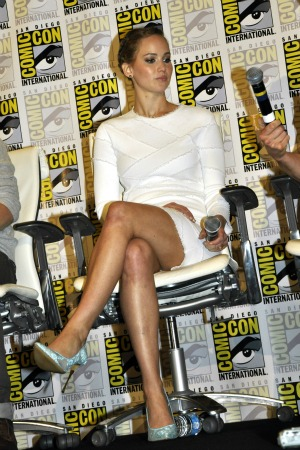 She interviews him at Comic-Con