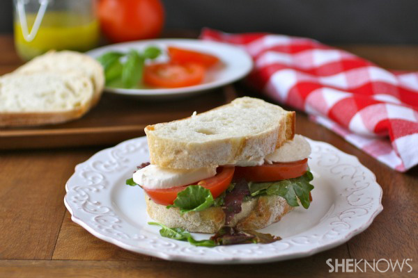 Meatless Monday: Caprese-style sandwiches with basil vinaigrette ...