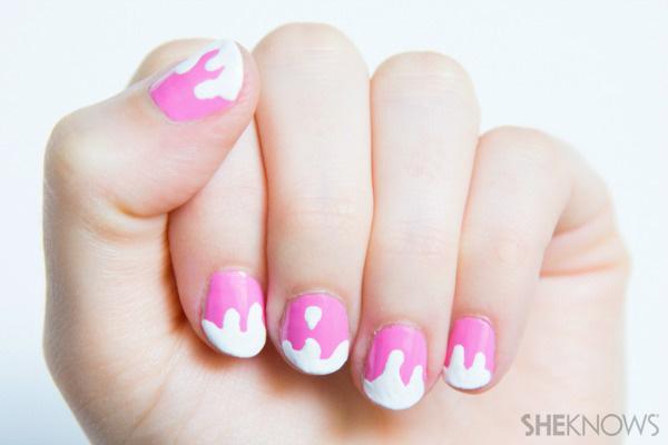 Melting ice cream nail design