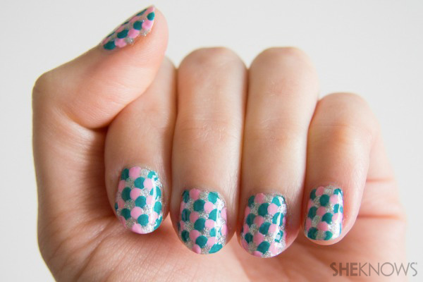 Go under the sea with these magical nails!