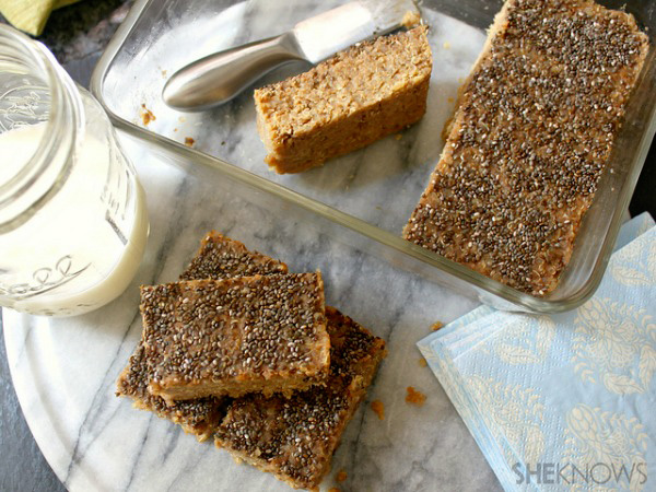 Quinoa peanut butter banana bar recipe
