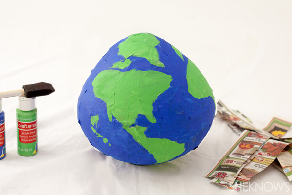 paper globes Earth day crafts for kids paper mache is so easy and really cheap which makes it a prefect medium for crafting in large groups we love creating simple earth day.