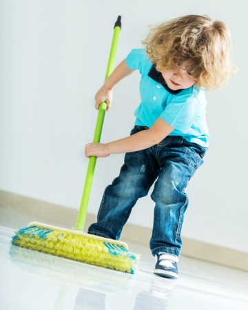 When are kids old enough to do chores?