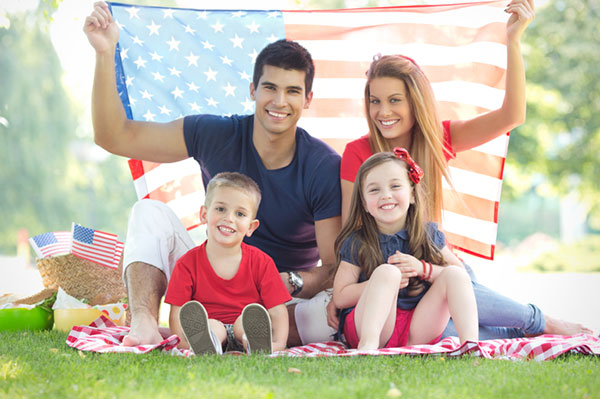 family having a 4th of july picnic