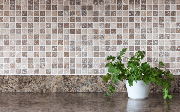 Idea five: Install a backsplash