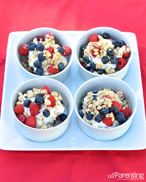 allParenting Grilled peach and berry crumblers