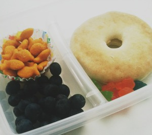 School lunch ideas bagel and cream cheese
