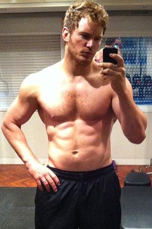 Chris Pratt has a six-pack!