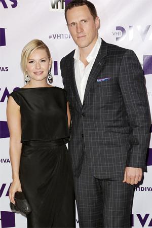 Actress marries boyfriend of five years