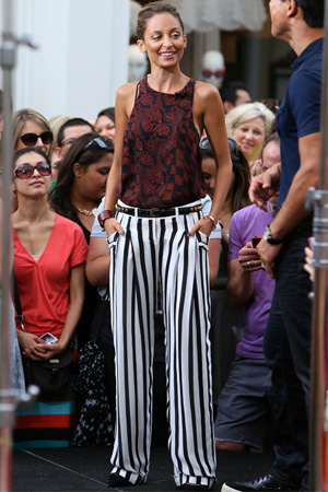 Nicole Richie filming at The Grove for Extra