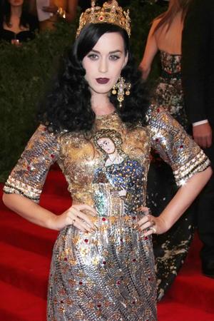 Katy Perry talksnew perfume