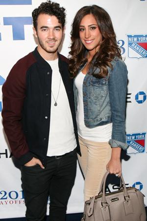 Danielle Jonas is expecting a baby