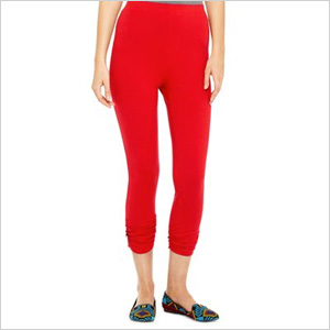Ruched red capri leggings