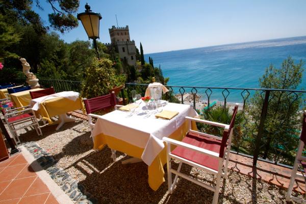 A holiday on the Riviera at enchanting hotels