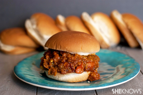 Tex-mex sloppy joes in the slow cooker