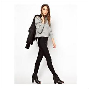 Black high shine leggings