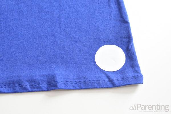 bleach-dyed t-shirt step 1