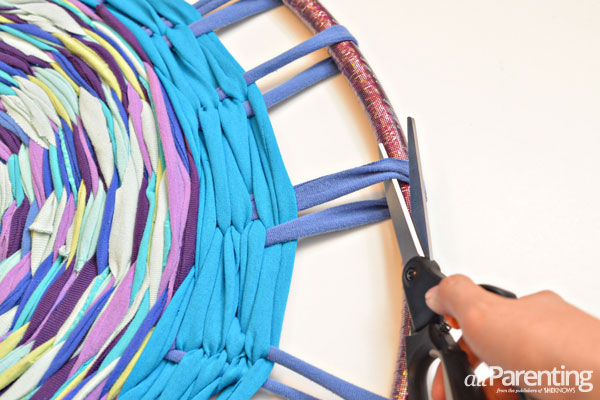 How to make a hula hoop rag rug