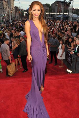 Melanie Iglesias at the 2013 MTV VMAs