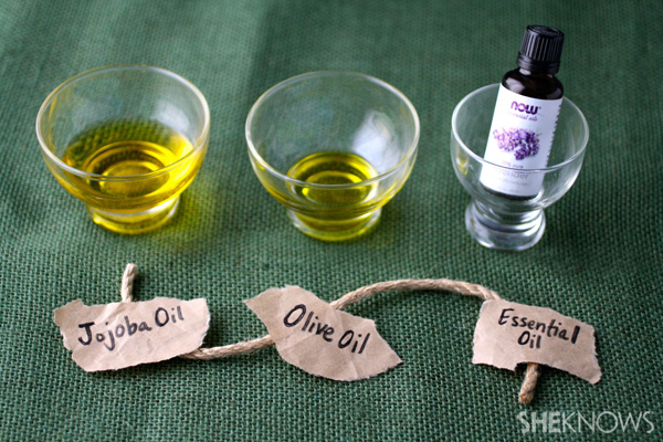 DIY Spray-on, leave-in hair conditioner | SheKnows.com