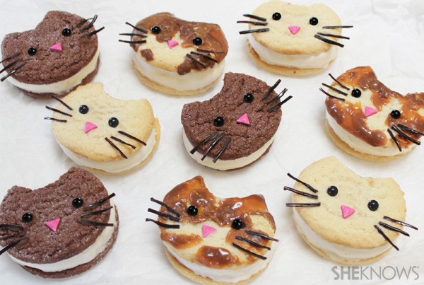 Kitty cat ice cream sandwich faces | SheKnows.com