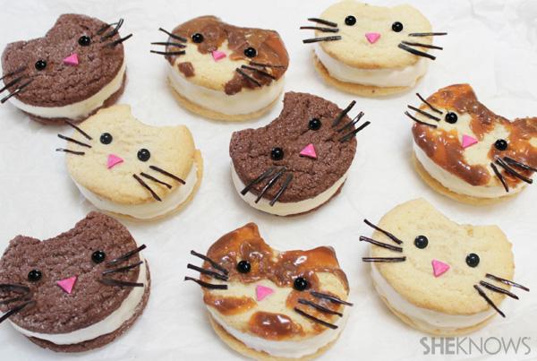 Kitty cat ice cream sandwich faces | SheKnows.com