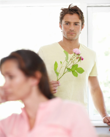 Man trying to make up with ex-girlfriend