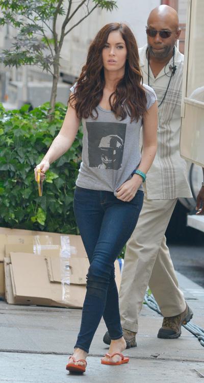 Megan Fox pregnant again - baby bump