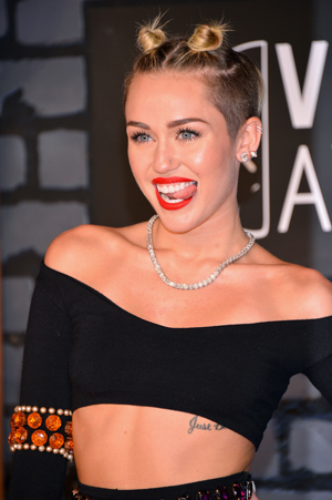 Miley Cyrus seems to get hairstyle inspiration from other celebrities